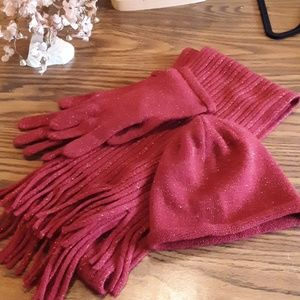 RED SHIMMER MATCHING SCARF, GLOVES AND BEANIE HAT